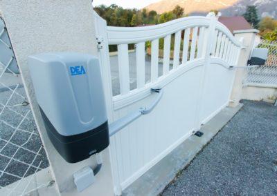 Portail avec automatisme pourmaison, résidence et villa en Savoie